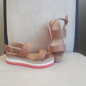 Sandals.  Size 7.5 or 8?